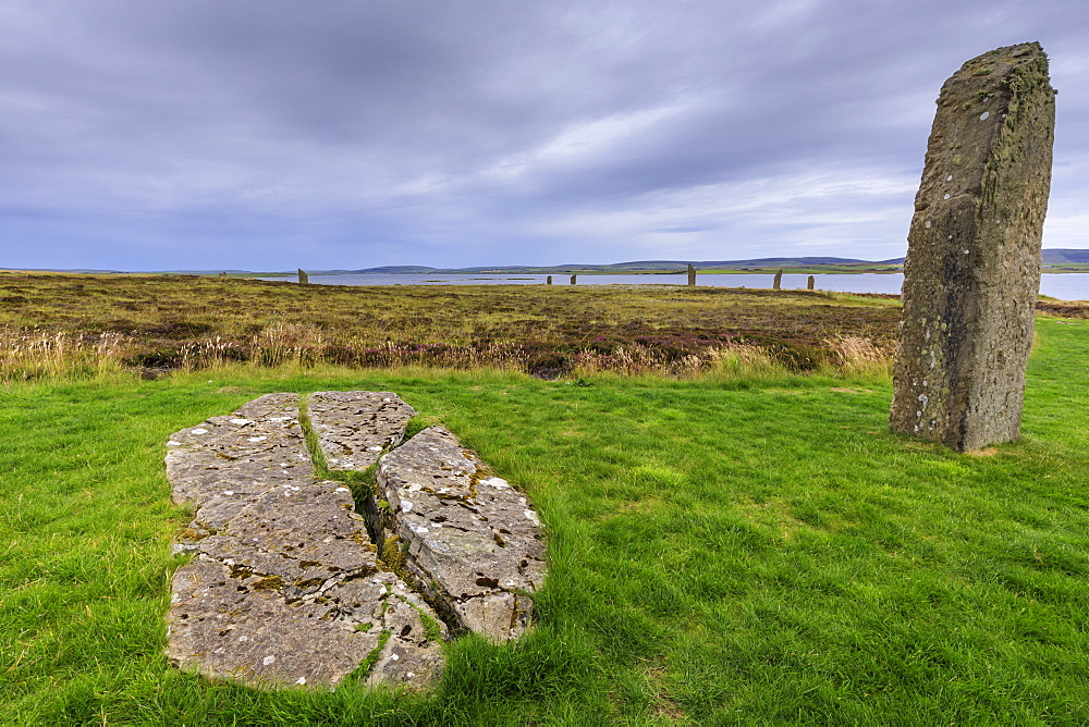 Ring of Brodgar, stone circle, 2500 years old, Heart of Neolithic Orkney UNESCO World Heritage Site, Orkney Islands, Scotland - 1167-1988