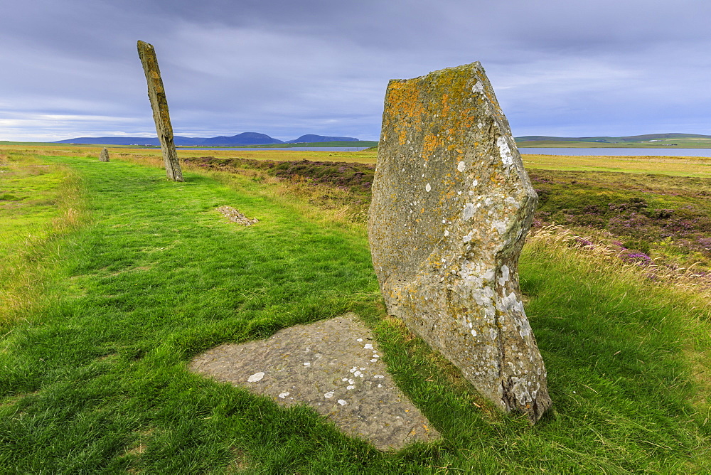 Ring of Brodgar, stone circle, 2500 years old, Heart of Neolithic Orkney UNESCO World Heritage Site, Orkney Islands, Scotland - 1167-1989