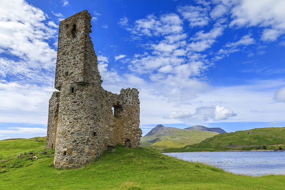 Ardvreck Castle, mountain landscape, Loch Assynt, Sutherland, Summer, Ullapool, Scottish Highlands, Scotland, United Kingdom