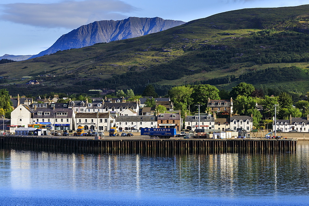 Ullapool, white cottages and dock, Loch Broom, early morning, Summer, Wester Ross, Scottish Highlands, Scotland, United Kingdom