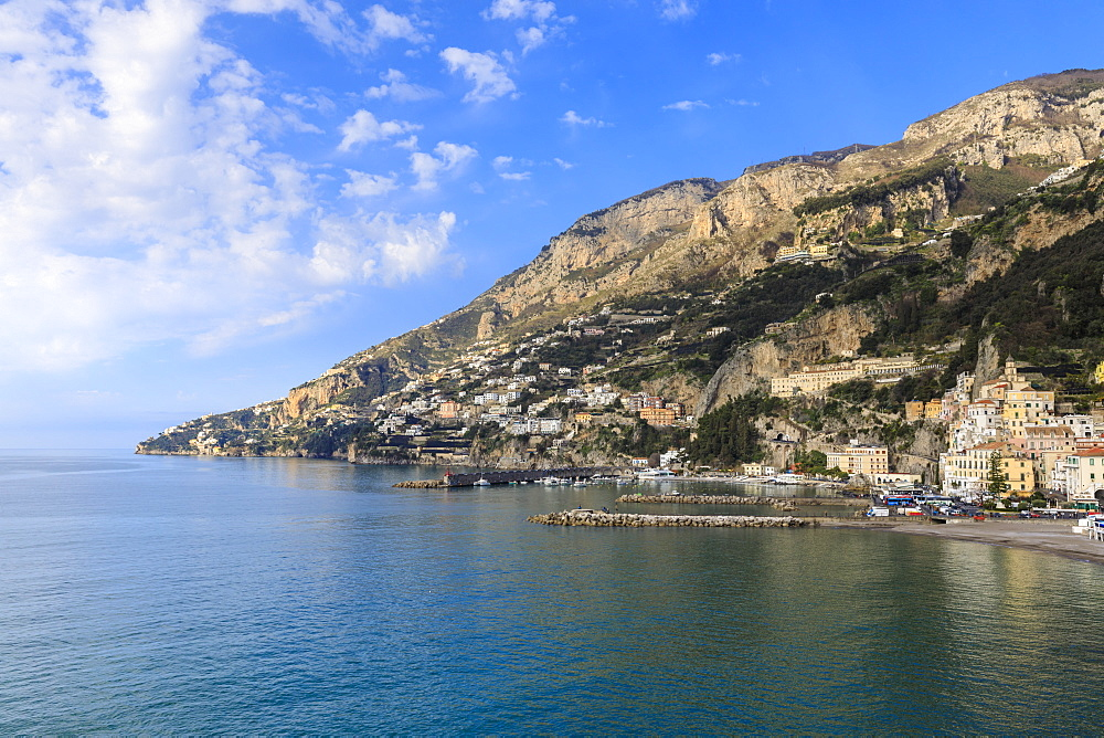 Town, sea and hills, Amalfi, sunshine, Costiera Amalfitana (Amalfi Coast), UNESCO World Heritage Site, Campania, Italy, Europe