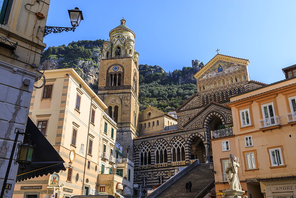 Cathedral, blue sky, sun, Amalfi, Costiera Amalfitana (Amalfi Coast), UNESCO World Heritage Site, Campania, Italy, Europe
