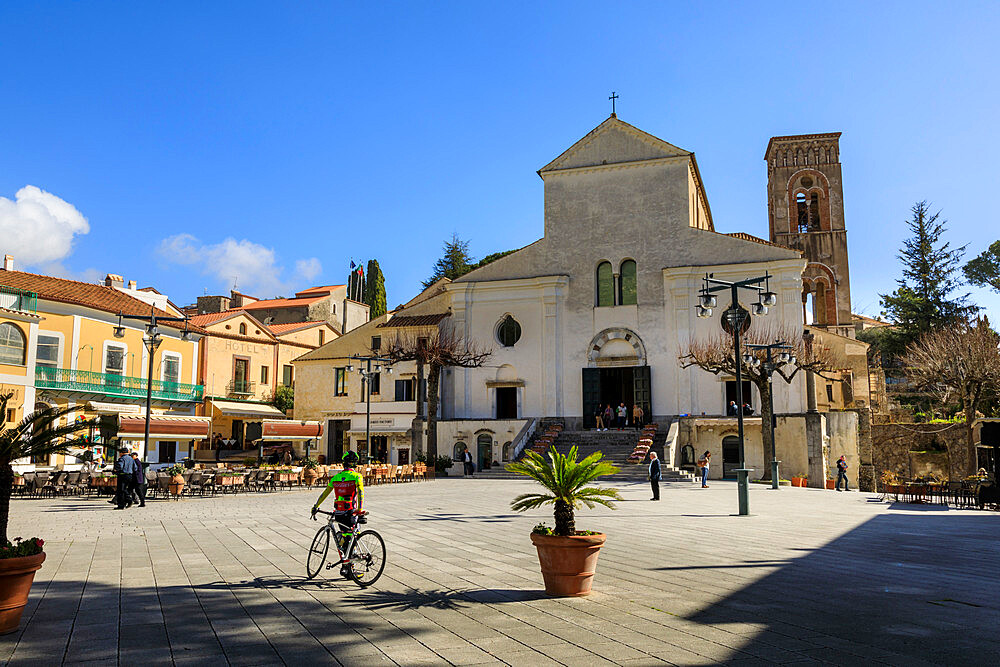 Duomo square, with cathedral, Ravello, Spring, Amalfi Coast, UNESCO World Heritage Site, Campania, Italy, Europe