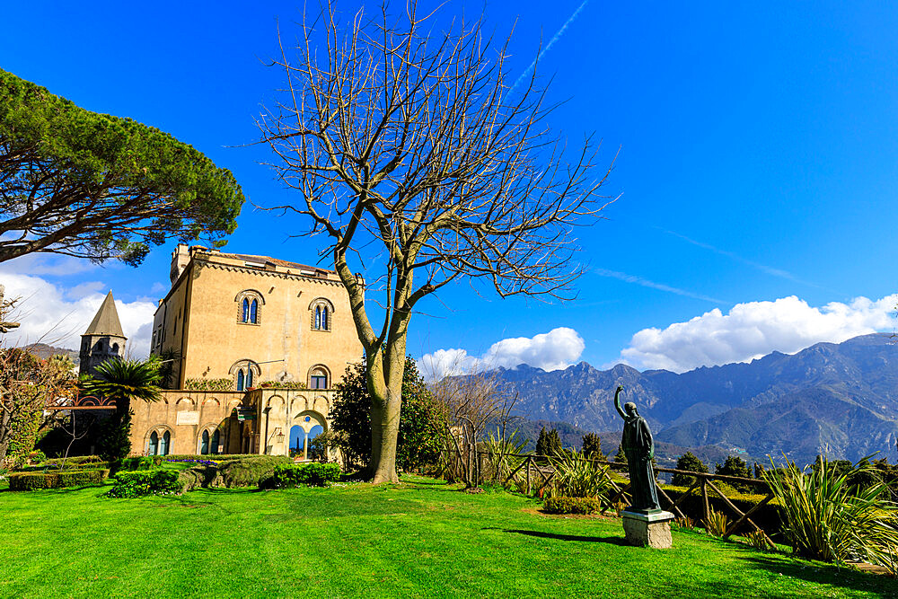 Spectacular Garden, Villa Cimbrone, Spring, cliff top Ravello, Amalfi Coast, UNESCO World Heritage Site, Campania, Italy, Europe