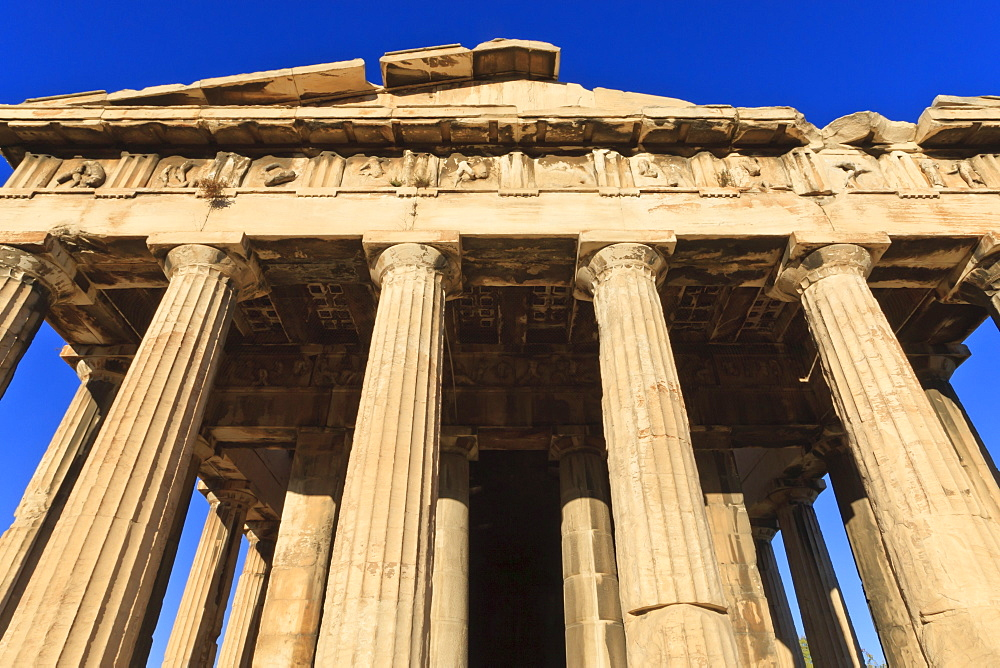The Hephaisteion (the temple of Hephaistos), lit by early morning light, Ancient Agora of Athens, Athens, Greece, Europe