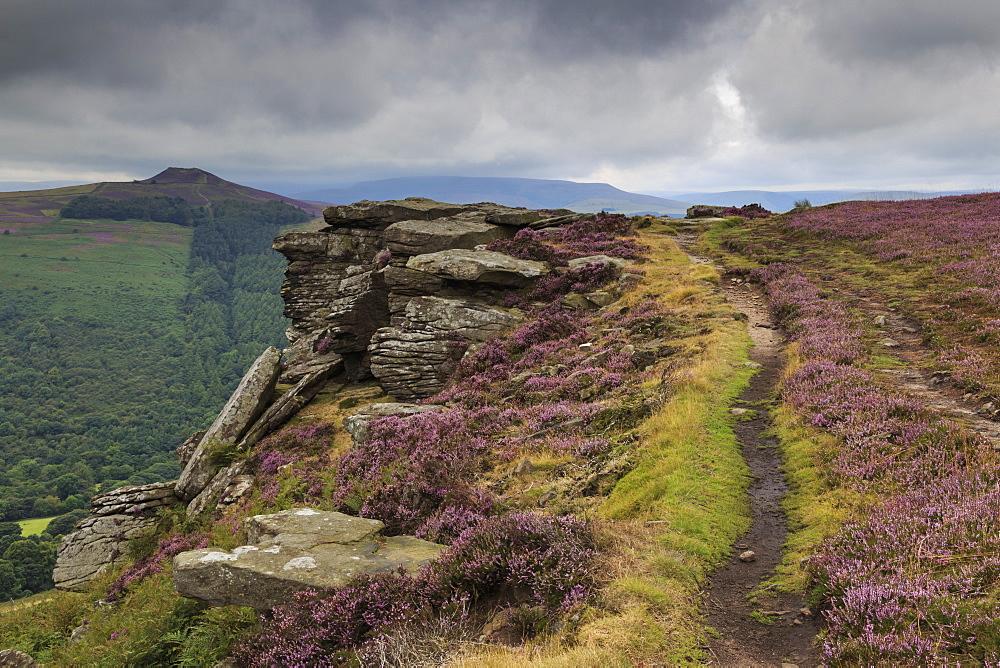 Track on Bamford Edge, Win Hill and a distant Kinder Plateau, Dark Peak, Peak District, Derbyshire, England, United Kingdom, Europe