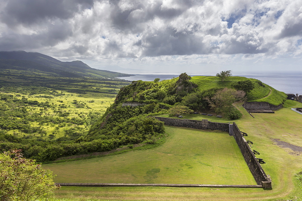 Cannons, ruins and green hills, Brimstone Hill Fortress, UNESCO World Heritage Site, St. Kitts, St. Kitts and Nevis, Caribbean, Central America