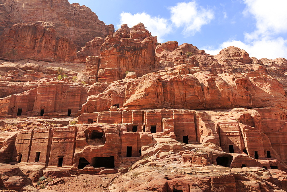Tombs, Street of Facades, Petra, UNESCO World Heritage Site, Jordan, Middle East