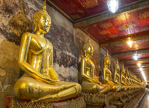 Rows of gold Buddha statues, Wat Suthat temple, Bangkok, Thailand, Southeast Asia, Asia - 1170-202