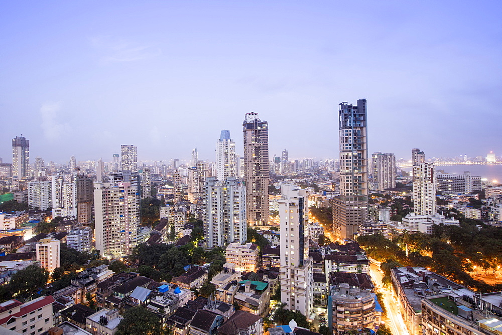General view of the skyline of central Mumbai (Bombay), Maharashtra, India, Asia
