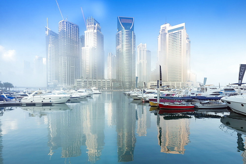 The marina complex in Dubai, United Arab Emirates - 1176-888