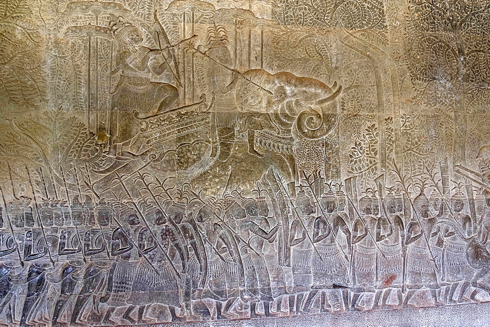 Bas relief of the commander of the vanguard riding an elephant and the army of King Suryavarman II at Angkor Wat, UNESCO World Heritage Site, Siem Reap, Cambodia, Indochina, Southeast Asia, Asia - 1176-918