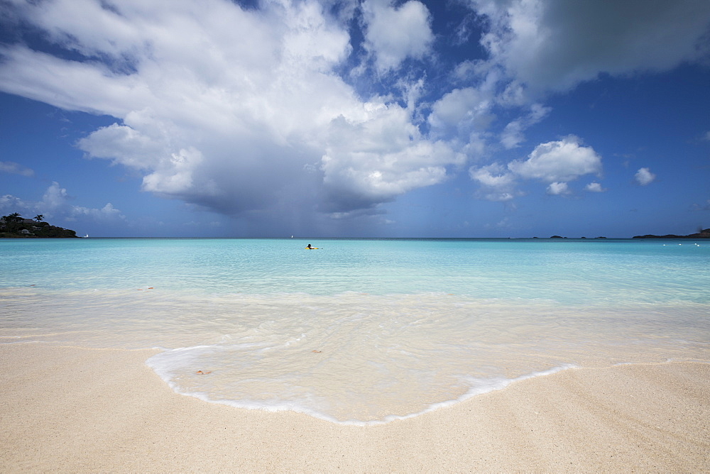 Fine white sand surrounded by the turquoise water of the Caribbean sea, The Nest, Antigua, Antigua and Barbuda, Leeward Islands, West Indies, Caribbean, Central America