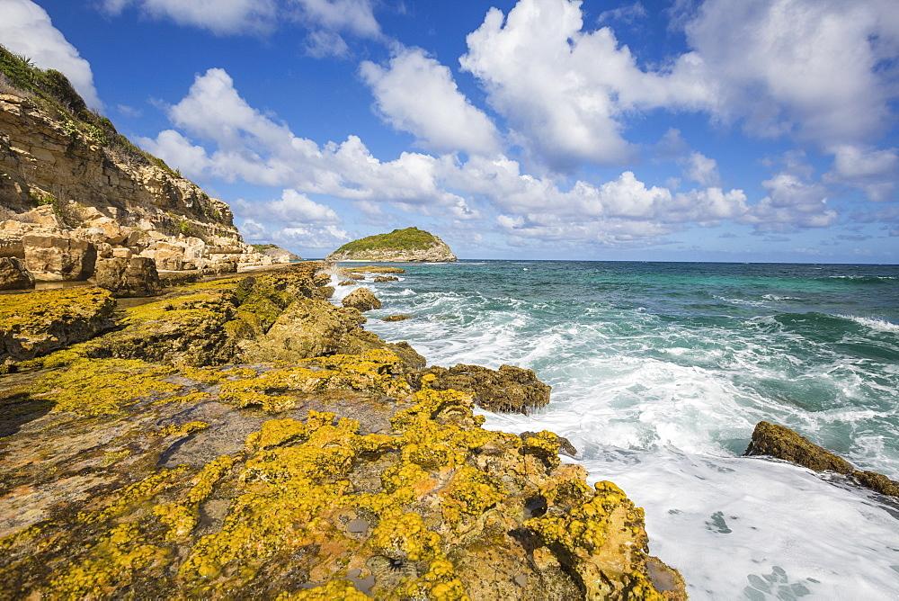 The waves of the Caribbean Sea crashing on the cliffs, Half Moon Bay, Antigua and Barbuda, Leeward Islands, West Indies, Caribbean, Central America