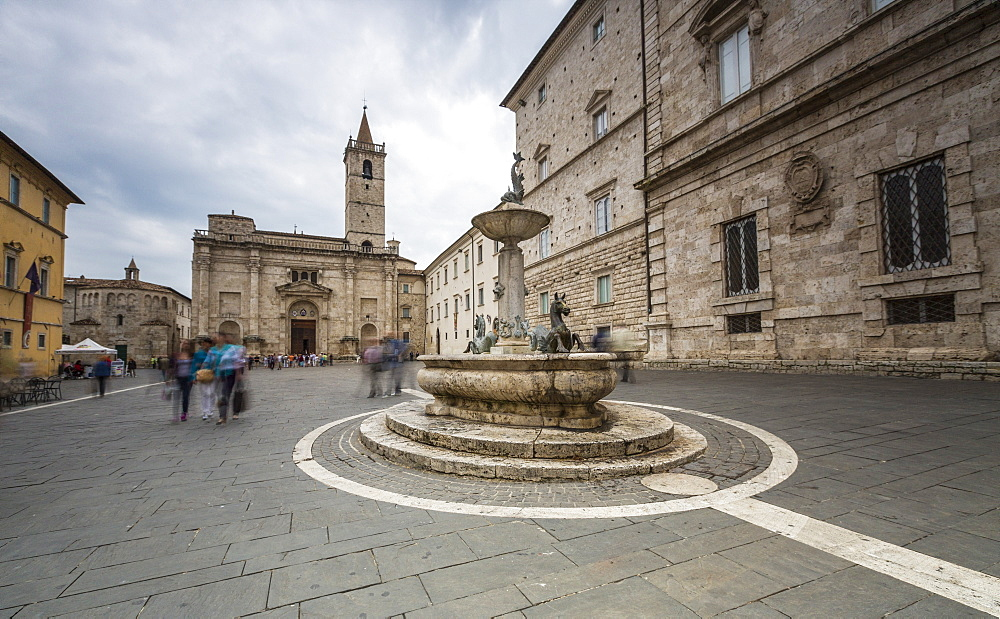 The decorated fountain frames the Cathedral in Arringo Square, Ascoli Piceno, Marche, Italy, Europe