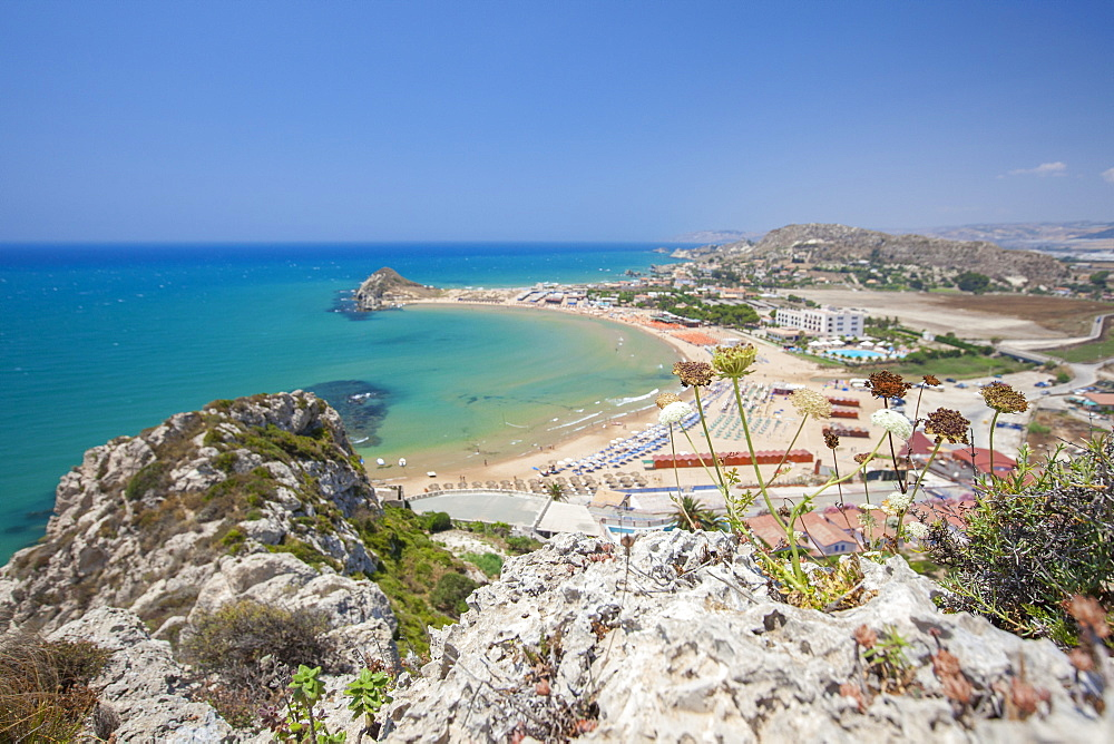 The cliffs frame the turquoise sea and the sandy beach of Licata, Province of Agrigento, Sicily, Italy, Mediterranean, Europe