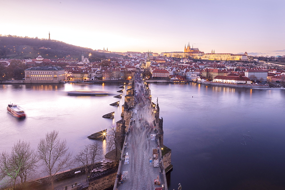 Vltava River and Charles Bridge at sunset, UNESCO World Heritage Site, Prague, Czech Republic, Europe