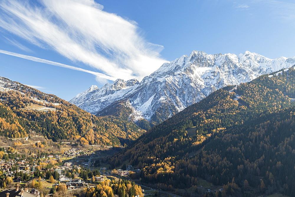 Alpine village of Ponte Di Legno during autumn, Brescia province, Valcamonica, Lombardy, Italy - 1179-2595