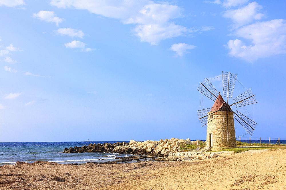 Windmill, Baia dei Mulini, Trapani, Sicily, Italy, Mediterranean, Europe