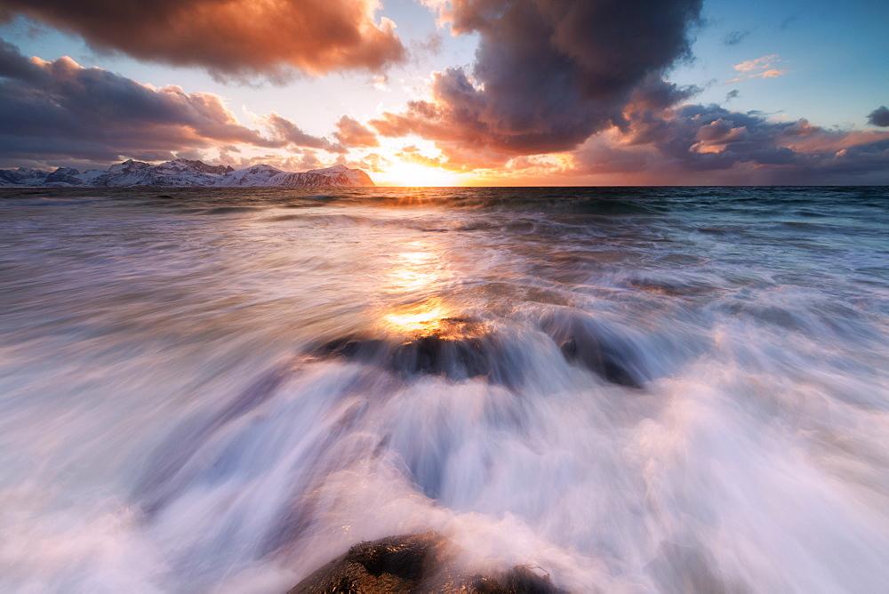 Sunset on the rough sea, Vikten, Flakstad municipality, Lofoten Islands, Nordland, Norway, Europe - 1179-3350