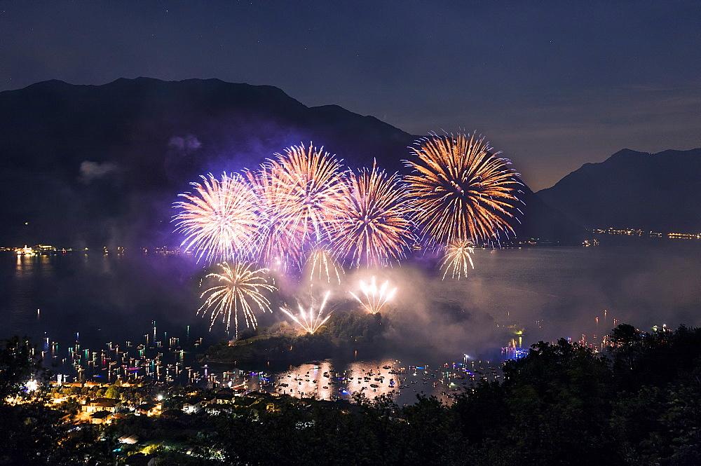 Fireworks display, Ossuccio, Isola Comacina, Lake Como, Lombardy, Italian Lakes, Italy, Europe