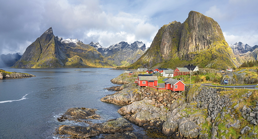Panoramic of Hamnoy surrounded by Festhelltinden and Olstinden mountains, Moskenes, Lofoten Islands, Norway