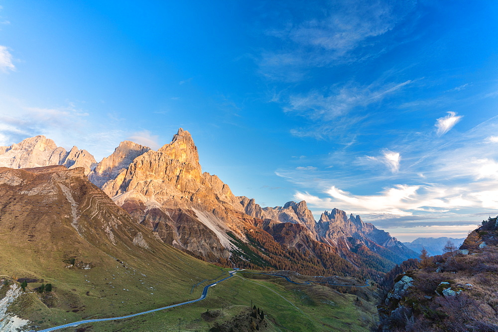 Autumn colors at Rolle Pass with Cimon della Pala in background, Pale di San Martino, Dolomites, Trentino, Trento, Italy, Europe