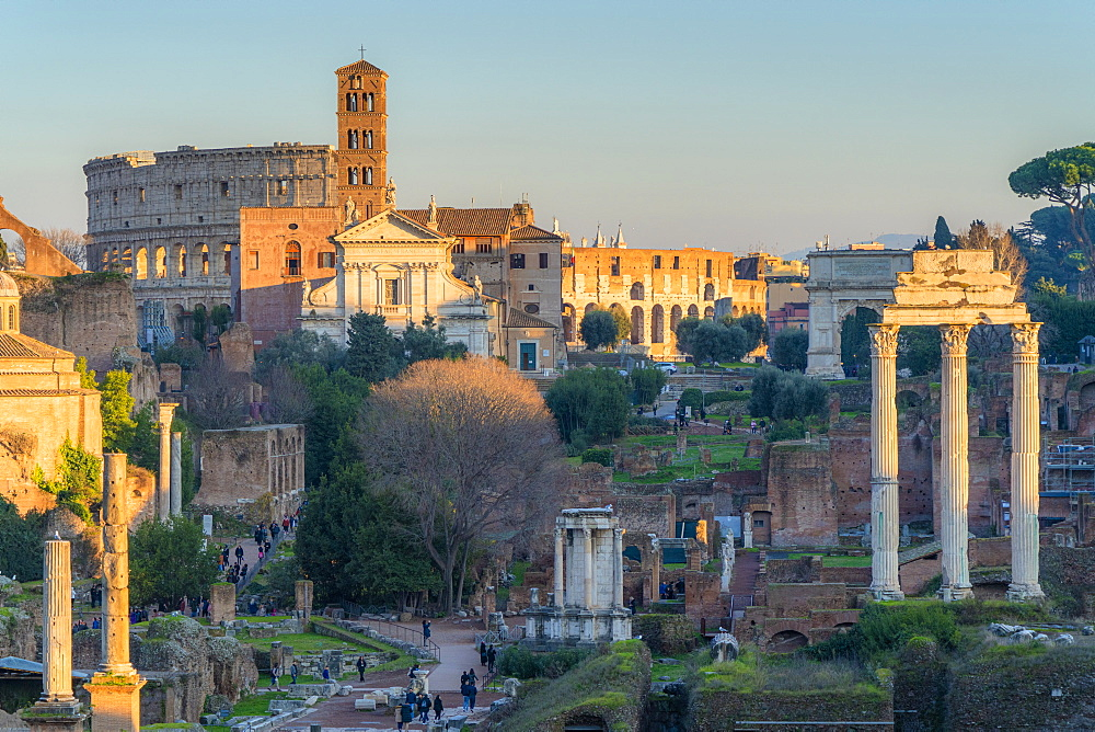 Ruins of Imperial Forum (Fori Imperiali) and Colosseum, UNESCO World Heritage Site, Rome, Lazio, Italy, Europe