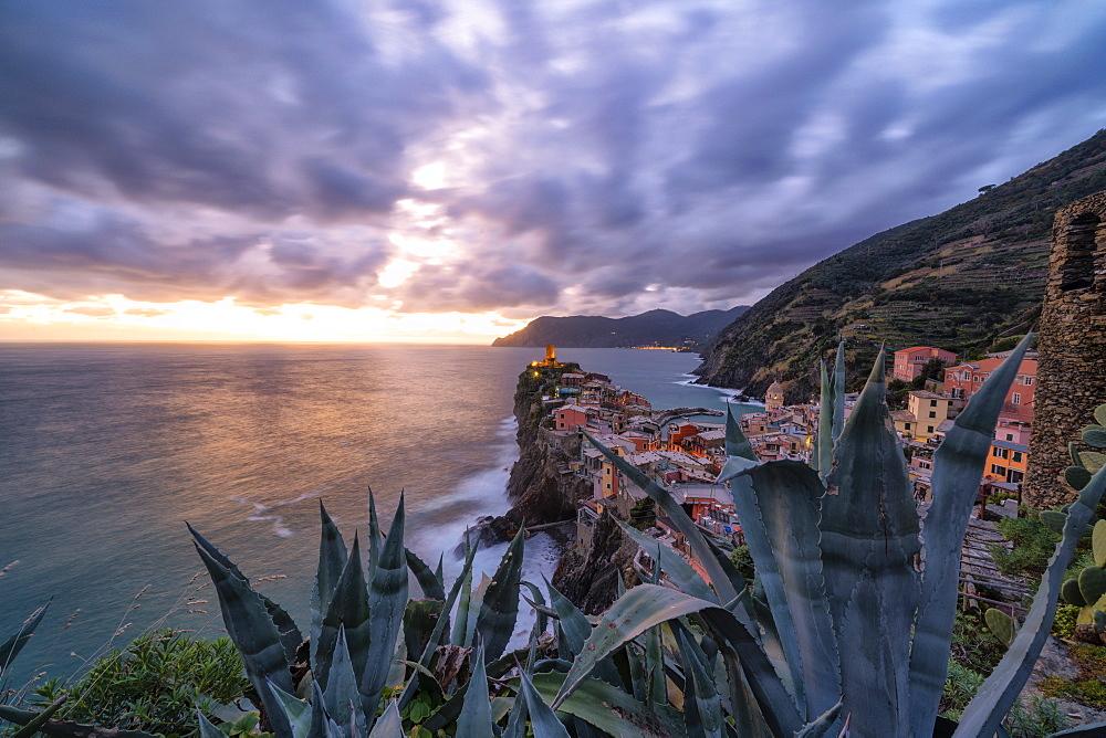 Dramatic sky at sunset over Vernazza, Cinque Terre, La Spezia province, Liguria, Italy - 1179-4338
