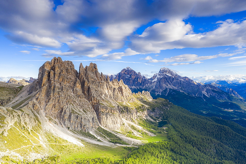 Clouds over Cima Ambrizzola, Tofane and Federa Lake surrounded by woods, Dolomites, Cortina d'Ampezzo, Veneto, Italy, Europe - 1179-4664