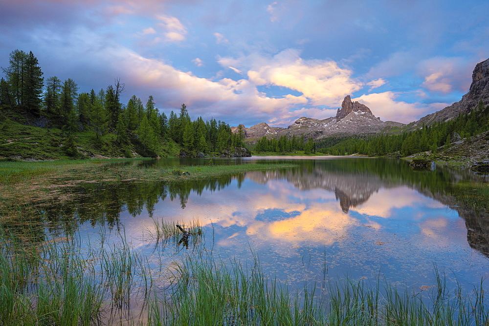Pristine alpine Lake Federa and Becco di Mezzodi mountain lit by sunset, Ampezzo Dolomites, Belluno province, Veneto, Italy, Europe - 1179-4668