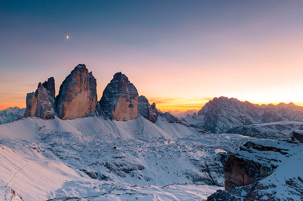 Sunset over Tre Cime di Lavaredo and Monte Cristallo covered with snow in autumn, Dolomites, South Tyrol/Veneto, Italy - 1179-4858