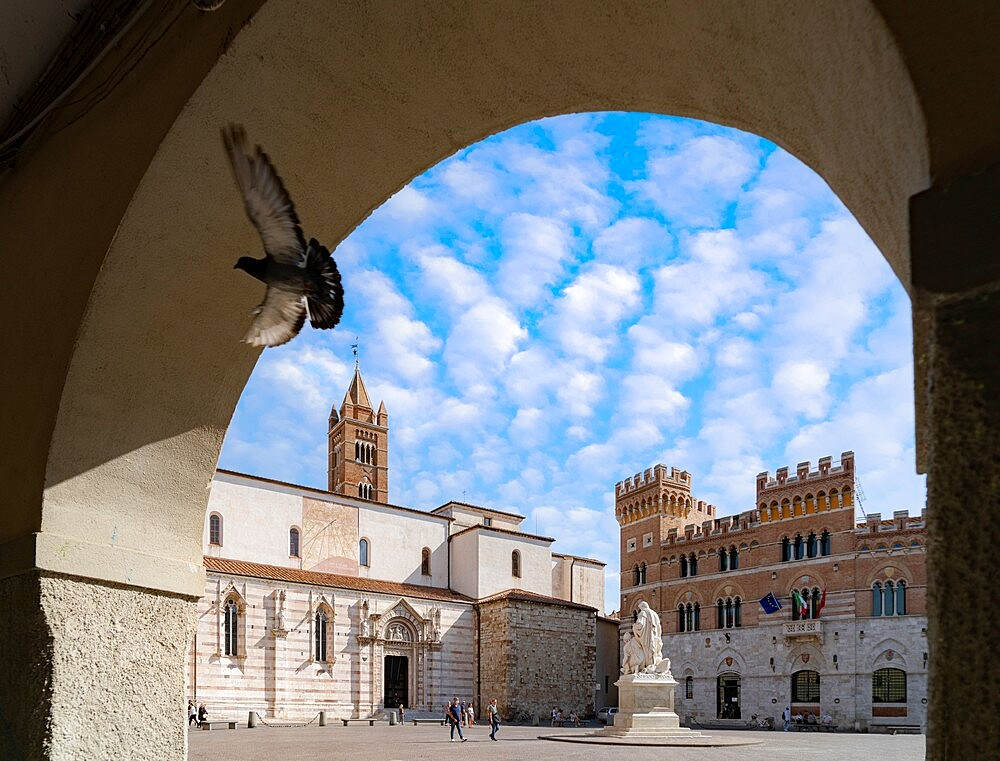 Summer sky over Canapone monument statue and Duomo, Piazza Dante, Grosseto, Tuscany, Italy, Europe - 1179-4964