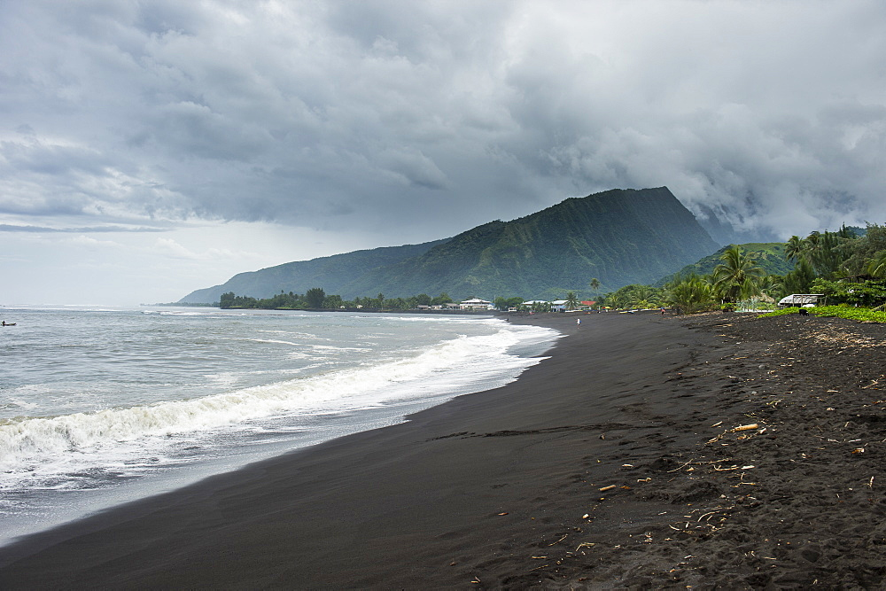 Black sand volcanic Taharuu Beach, Tahiti, Society Islands, French Polynesia, Pacific