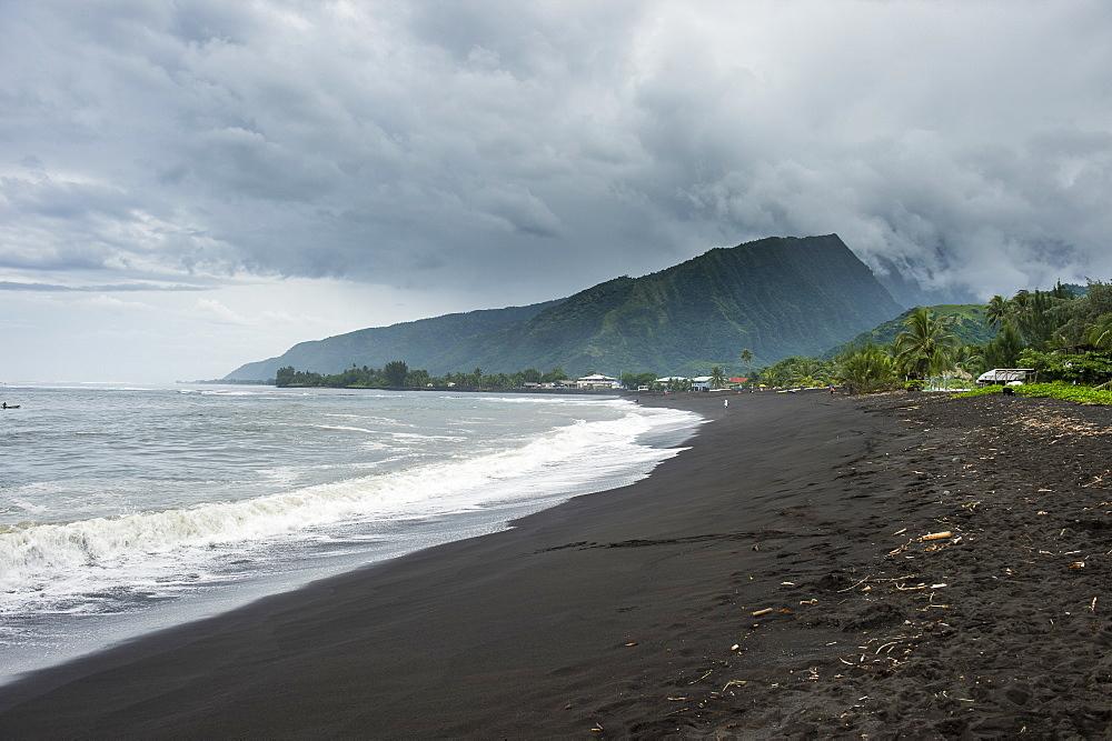 Black sand volcanic Taharuu Beach, Tahiti, French Polynesia - 1184-1113