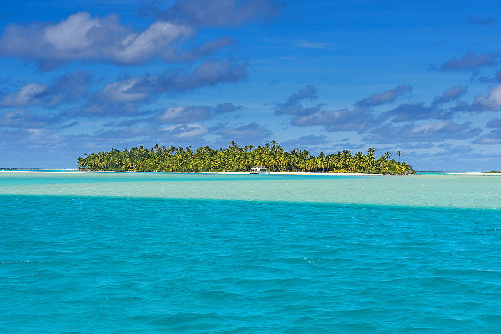 Aitutaki lagoon, Rarotonga and the Cook Islands, South Pacific, Pacific