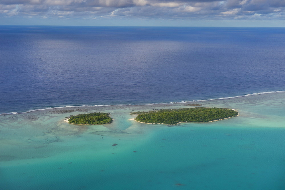 Aerial of Aitutaki lagoon, Rarotonga and the Cook Islands, South Pacific, Pacific