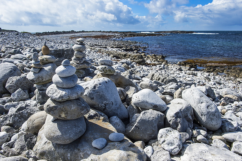 Pebble beach in Arainn, Aaran Islands, Republic of Ireland, Europe