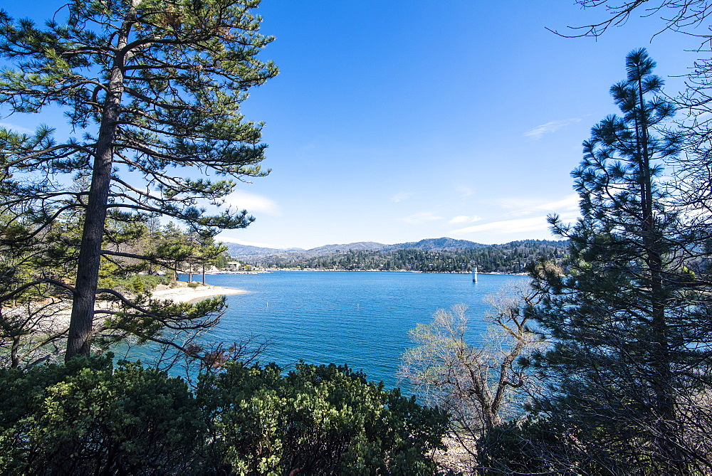 Overlook over Lake Arrowhead, San Bernardino mountains, California, USA