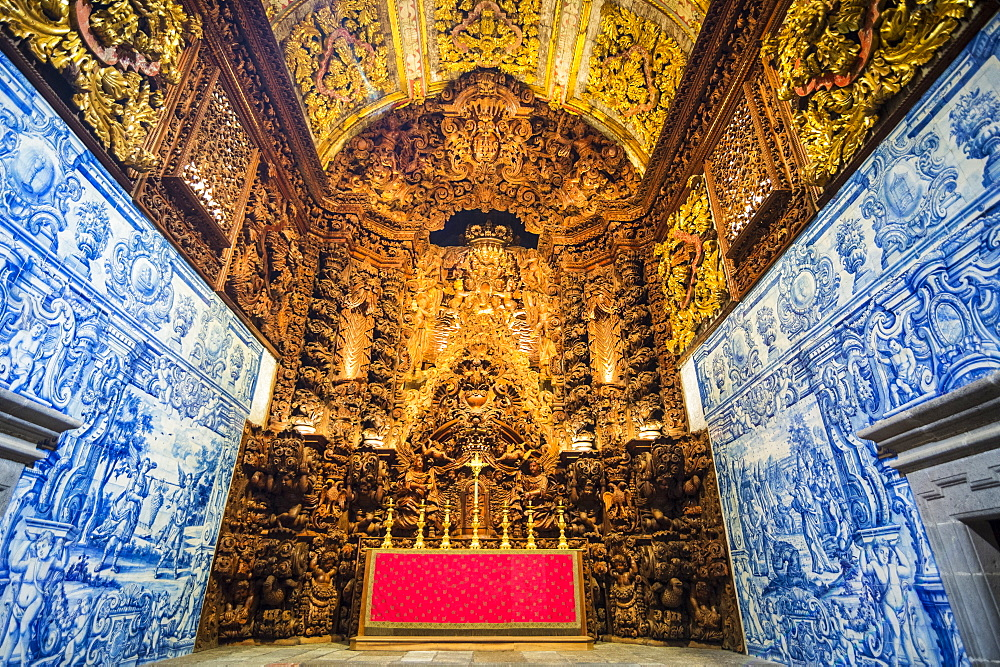 Beautiful carved altar, largest in Portugal, College Jesuit church, Ponta Delgada, Island of Sao Miguel, Azores, Portugal, Atlantic, Europe - 1184-2476