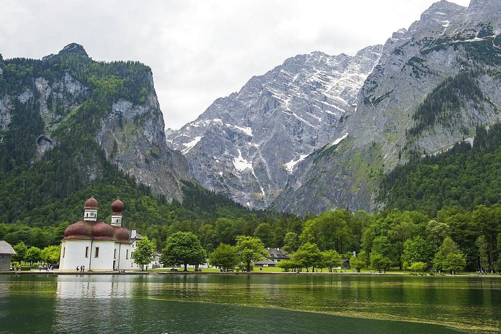 Mount Watzmann behind St. Bartholomew's Church, Koenigssee, Berchtesgaden, Bavaria, Germany, Europe