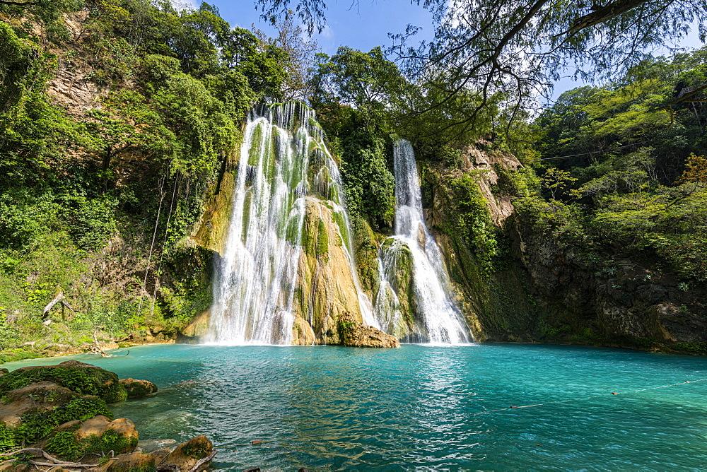 Minas Viejas waterfalls, Huasteca Potosi, San Luis Potosi, Mexico, North America