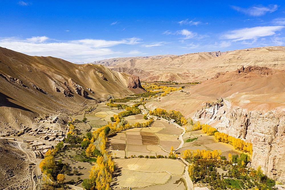 Fertile valley near Yakawlang province, Bamyan, Afghanistan, Asia