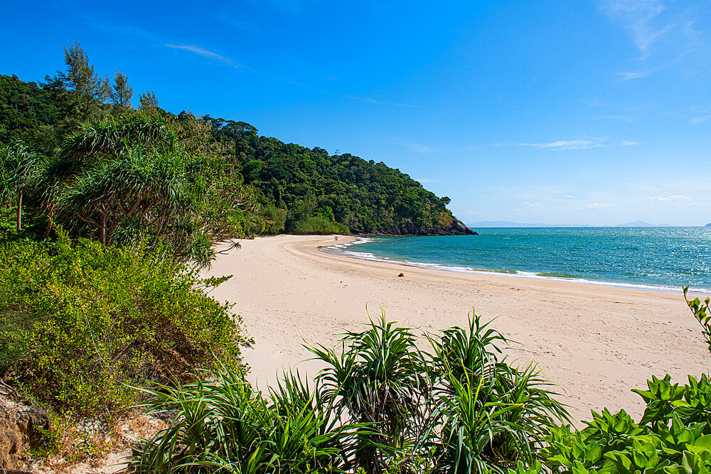 Beautiful beach in Koh Lanta National Park, Koh Lanta, Thailand - 1184-3822