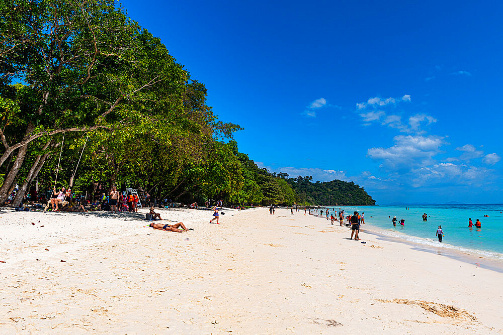 Tourists on a white sand beach and turquoise water, Koh Rok, Mu Ko Lanta National Park, Thailand, Southeast Asia, Asia