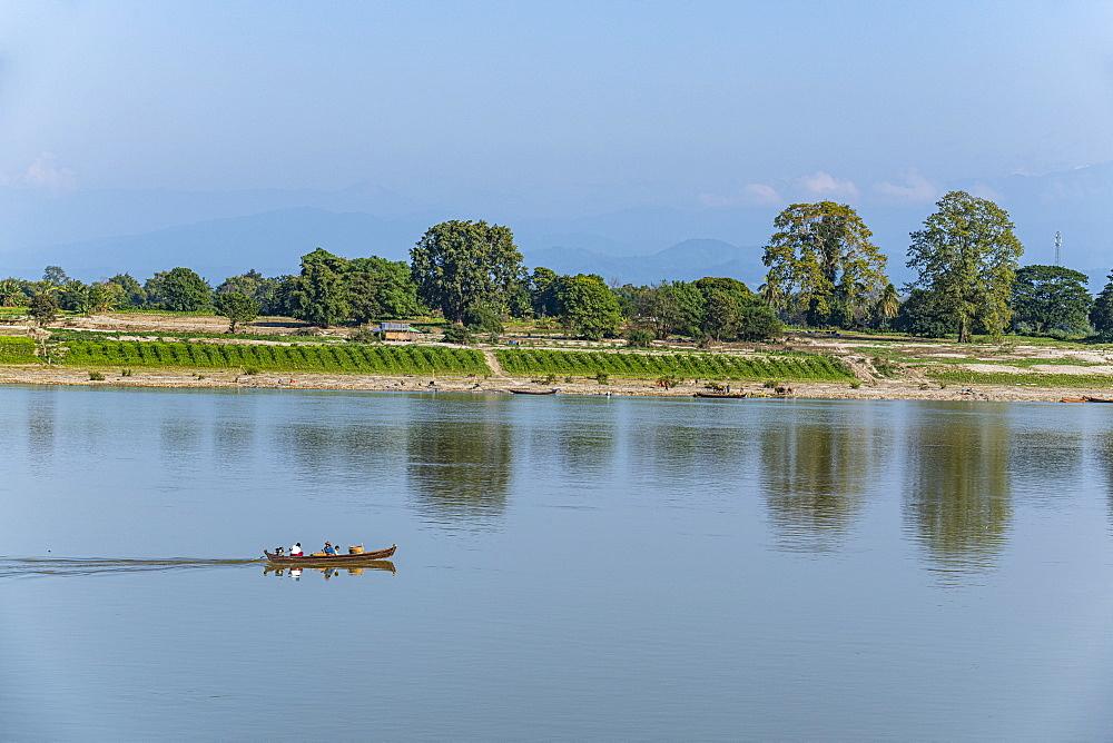Irrawaddy River in Myitkyina, Kachin state, Myanmar (Burma), Asia