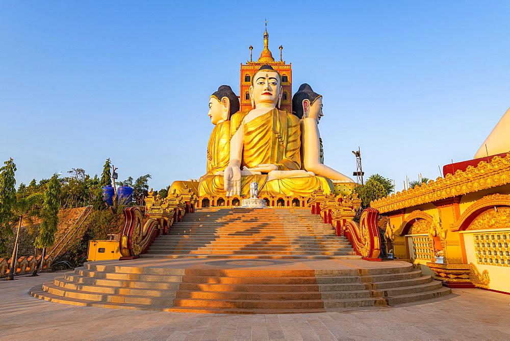 Huge sitting Buddhas, Ko Yin Lay, Pupawadoy Monastery near Ye, Mon state, Myanmar (Burma), Asia
