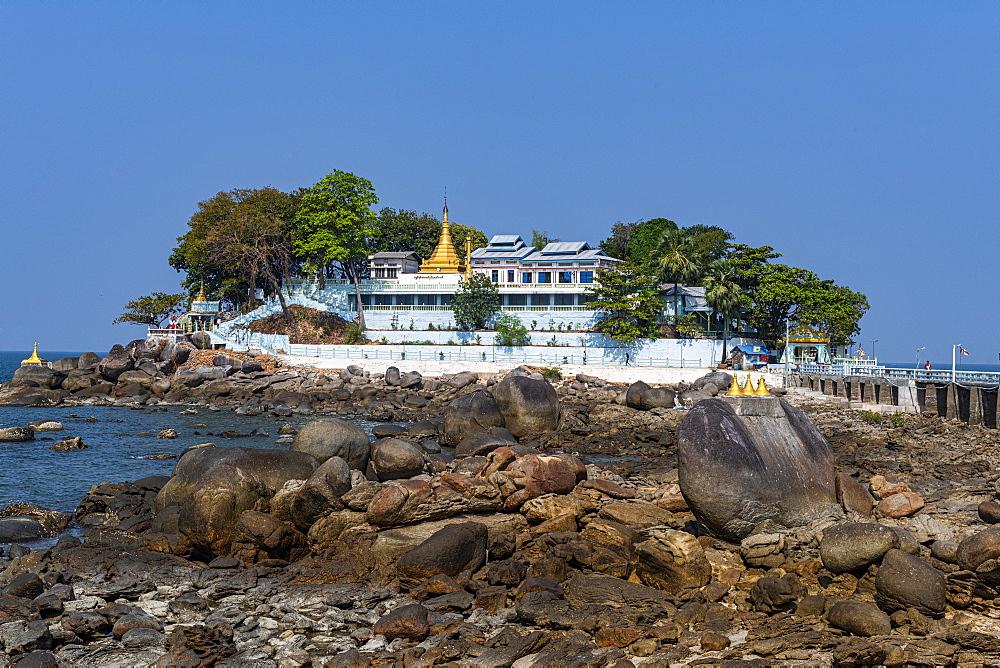 Myaw Yit Pagoda in the ocean near Dawei, Mon state, Myanmar (Burma), Asia