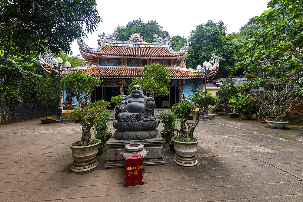 Temple complex in the Marble Mountains, Da Nang, Vietnam, Indochina, Southeast Asia, Asia