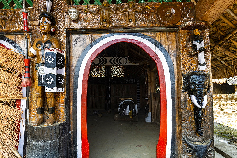 Traditional artist woodwork in the Naga heritage village of Kisama, Nagaland, India, Asia